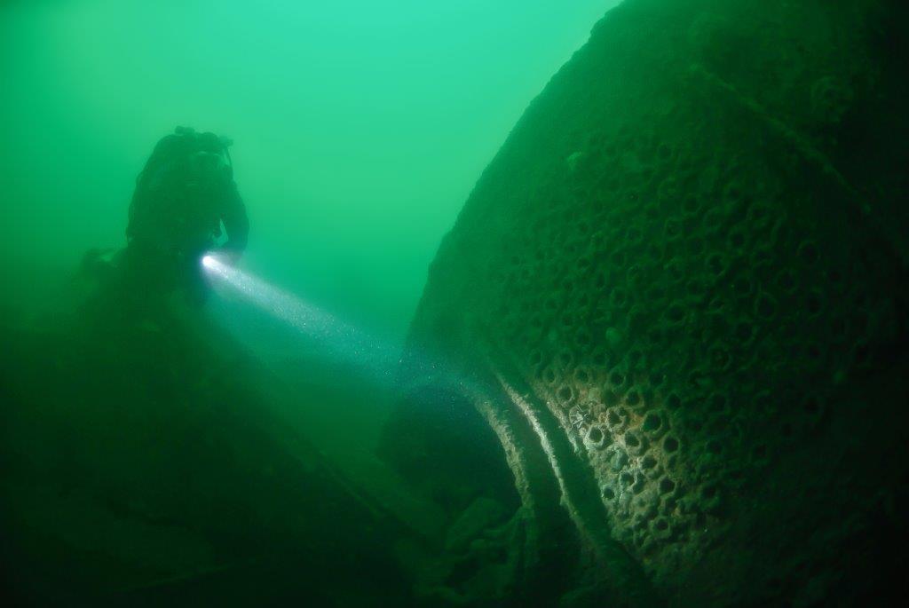 SS-Menda-13.6.2010-013-D1-Martin-Davies